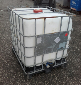 UN Standard recon 1000ltr IBC with a metal or plastic pallet